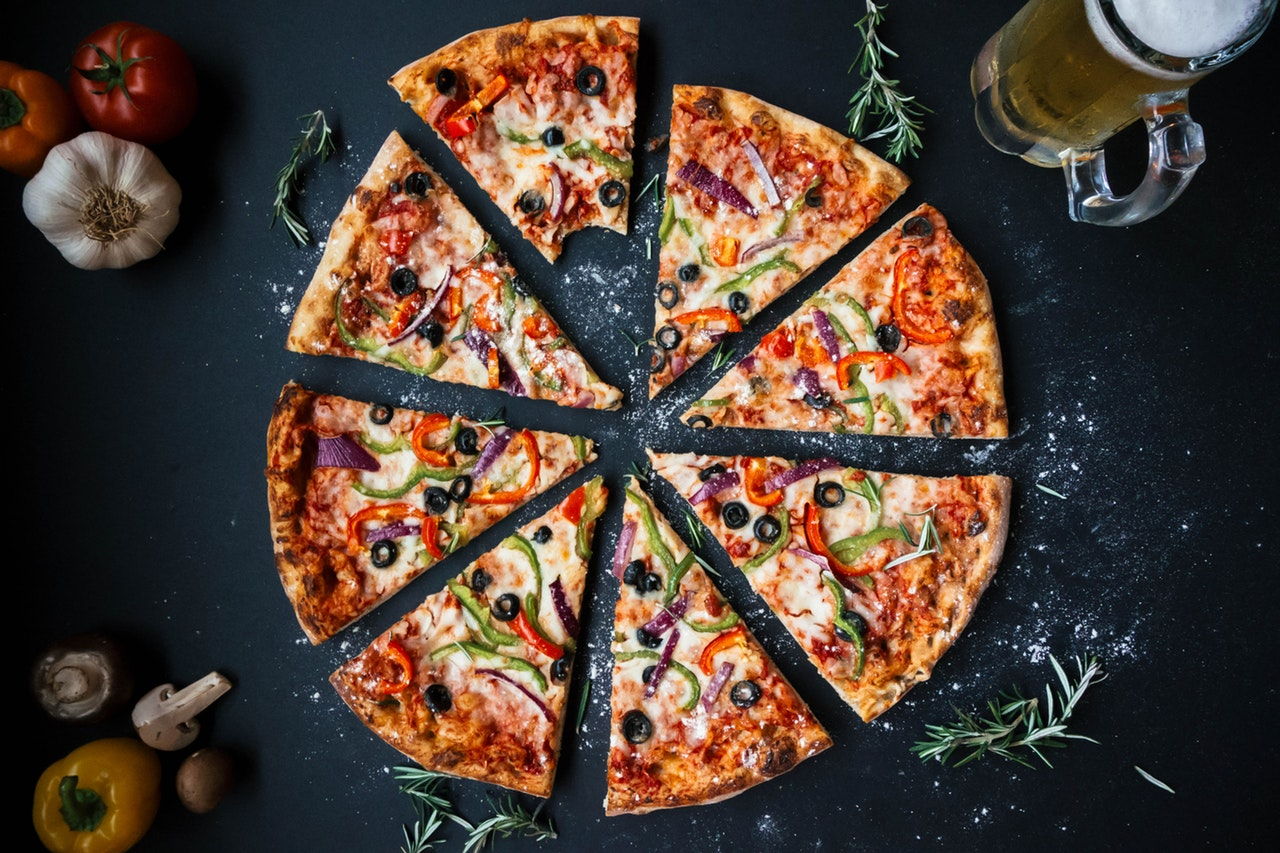 يأتي بيتزا وبيتزا برغر مهرجان لمانشستر لعام 2018